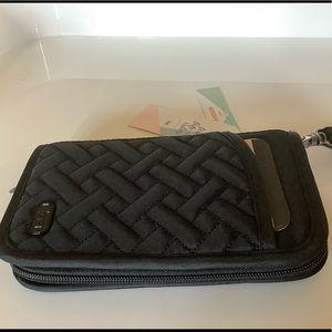 NWT Lug Tandem Zip RFID Wallet Brushed Black